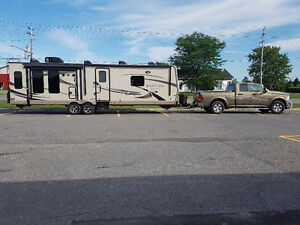 2015 LOADED Ram & 29 FT 2016 ROCKWOOD TRAILER PACKAGE