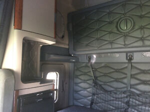 2014 Freightliner Cascadia Evolution Kitchener / Waterloo Kitchener Area image 6