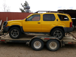 Parting out / wrecking: 2002 Nissan Xterra Supercharged * PARTS*