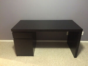 Brand New Ikea Desk: Save Yourself the Hassle!
