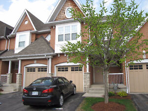 Town House in Quiet Area Suitable for Professionals