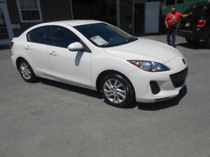 2012 MAZDA 3 4 DOOR SKYAVTIV ONE YEAR WARRANTY INCLUDED