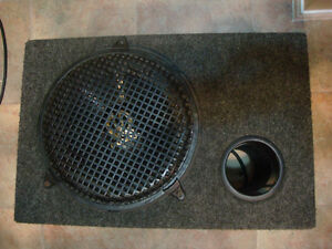 "SUBWOOFER  PIONEER 12"" 400W IN HOUSING for a CAR"