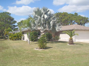 Gulf Coast Vacation Home - 3 Bedroom with Pool