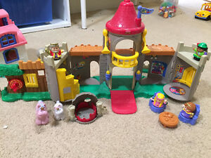 Three Little People plays sets: Castle, Doll House and Farm