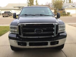 2006 Ford F-250 XLT Superduty 4 door Pickup Truck