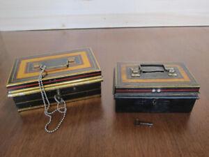 2 coffres en métal  de style banque avec clés, VINTAGE, ENGLAND
