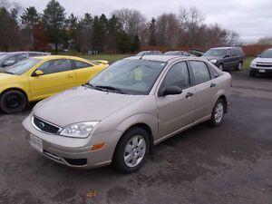 2007 Ford Focus Se  Sedan