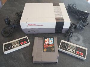Nintendo Nes-001 2 manettes Mario Bros (Prix ferme!)