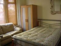 (VC) BEST PRICE FOR DOUBLE ROOM in PLAISTOW