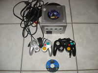 Pokemon XD GC Edition w/2 Controllers and Sonic Game!