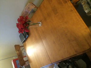 6 Chair Oak Table and Leaf For Sale