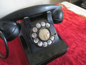 Rotary antique dial phone