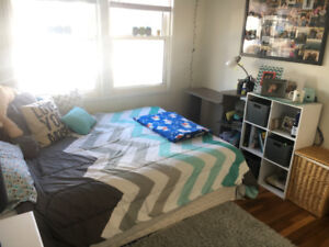 1 Bedroom Sublet May 1st-August 31st