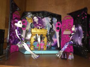 #1 discothèque Monster high,avec musique, incluan trois poupées