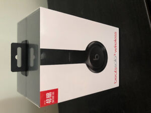 Beats Solo 3 Wireless (Never Used)