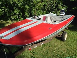 14ft boat w/ 50hp Evinrude and trailer