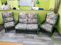 Conservatory Sofa Suite With 2 Armchairs - Can Deliver For £19