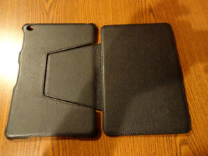 Leather ipad case mint condition folds up to watch videos
