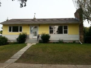 House for rent in quiet neighbourhood in Camrose