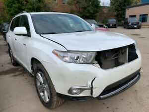 2013 Highlander Limited just in for sale at Pic N Save!