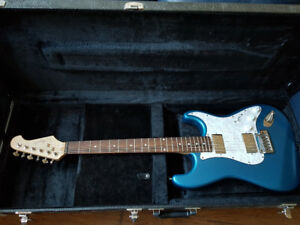 Electric Guitar / Tuner / Amplifier / Protective Case