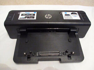 HP DOCKING STATION VB043AA#ABA W 90W POWER ADAPTER