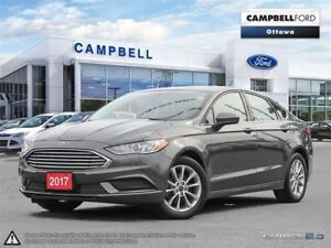 2017 Ford Fusion SE 22, 000 kms--POWER ROOF--LOADED