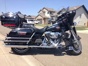 2004-Harley Davidson Electra Glide Classic for sale!