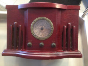 Centrios AM/FM radio CD player