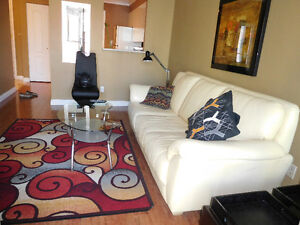 Downtown Fully Furnished Beautiful1 Bedroom and Den