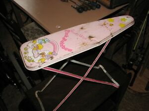 CHILD IRONING BOARD