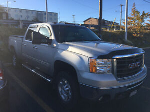 2008 GMC Sierra 2500 XLT EXT CAB Pickup Truck -Low KM - Mint!