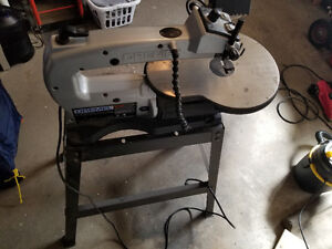 """Dremel 16"""" Variable speed scroll saw with stand."""