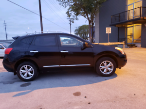 2011 Nissan Rogue. Clean Title. SAFETIED