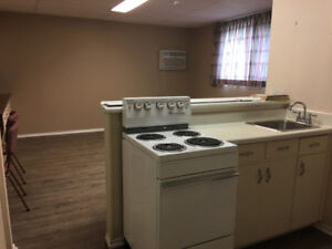 Quiet Bachelor Suites on College Drive Across from University