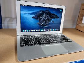 Apple Macbook Air 2013 (11inch, Intel i5, 4GB RAM, Intel Graphics)