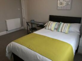 NO deposit double bedroom to let for short term in south croydon from 1 to 3 month