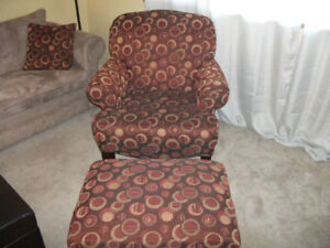 Accent/side chair with ottoman