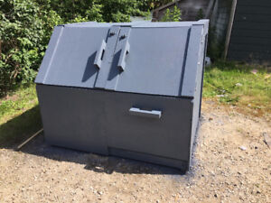 Garbage Bin (COMPOST COMPARTMENT)