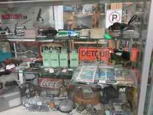 Nostalgia, oil tins, collectible cars, bottles + 600 booths  Cambridge Kitchener Area image 7