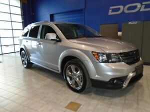 2016 Dodge Journey Crossroad  w/ Nav, 7 Pass, Sunroof