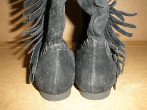 NEW!  Low Black Boots with Fringe, Size 7 London Ontario image 4