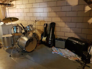 Guitars And Drums For Sale With Lots Of Extras!!!