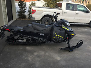 Ski-Doo Summit X 2014