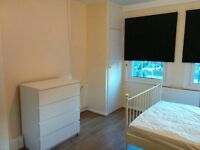 SPACIOUS DOUBLE ROOM PERFECT FOR CITY WORKERS - WHITECHAPEL E1 3EG - CLEAN & SPACIOUS