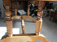 ANTIQUE  DINING  TABLE  -  REDUCED PRICE  !!!