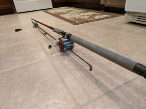 Silstar Fishing Pole and Penn Peer Reel in EXCELLENT CONDITION