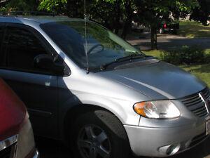 2006 Dodge Caravan Minivan, Van London Ontario image 2