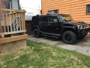 2004 Hummer H2 Black color 4x4